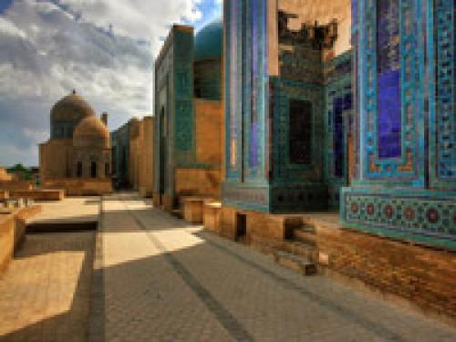 Вертолетный тур Приключения в Узбекистане