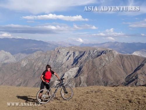 Вертолетный тур На горных велосипедах к плато Пулатхан